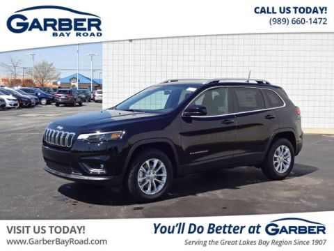 New 2019 Jeep Cherokee Latitude 4x4 4WD