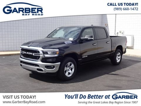 New 2019 RAM 1500 Big Horn Crew 4x4 4WD